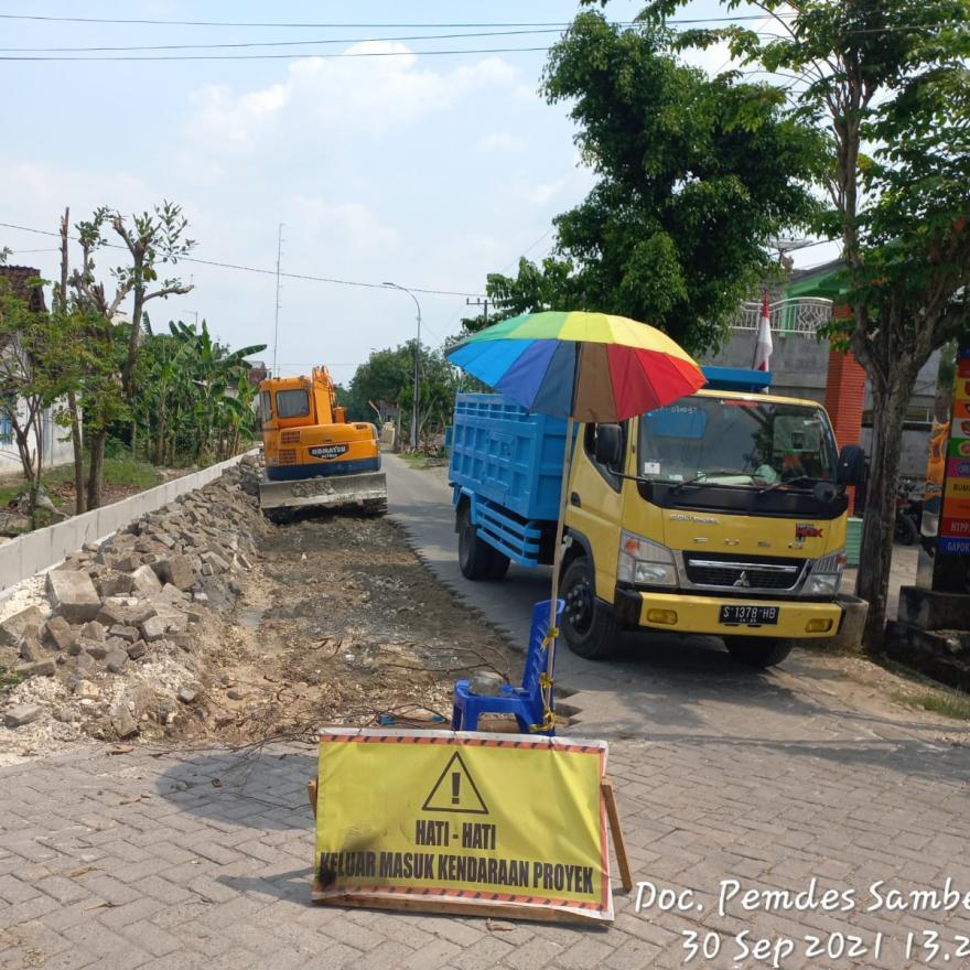 Jalan Poros Kecamatan di Samberan Mulai Dibangun